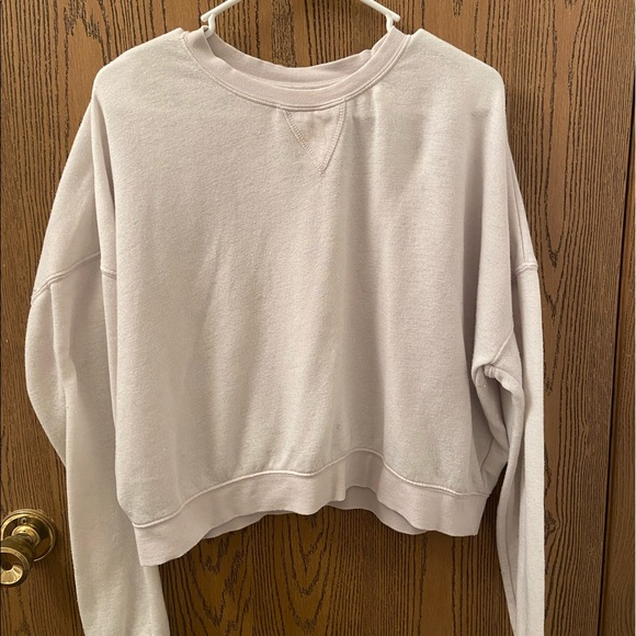 Kendall & Kylie Sweaters - Kendall & Kylie cropped white sweater